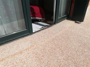pavimenti drenanti in graniglie di marmo resina trasparente